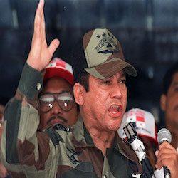 PANAMA: MORTO MANUEL ORIEGA, IL NARCO-PRESIDENTE CREATO DALLA CIA (10.06.2017)
